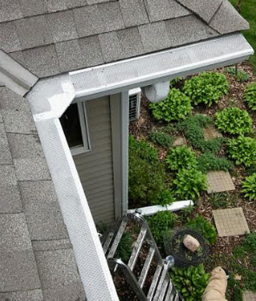Seamless aluminum gutters seamless aluminum gutter installation gutter filter is minneapolis and st pauls most respected name in seamless gutter installation solutioingenieria Gallery